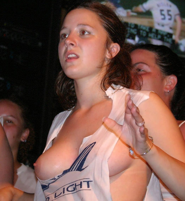 Drunk Nude Wet T Shirt Contest